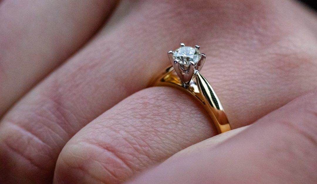 The Four Cs to Buying a Diamond Ring